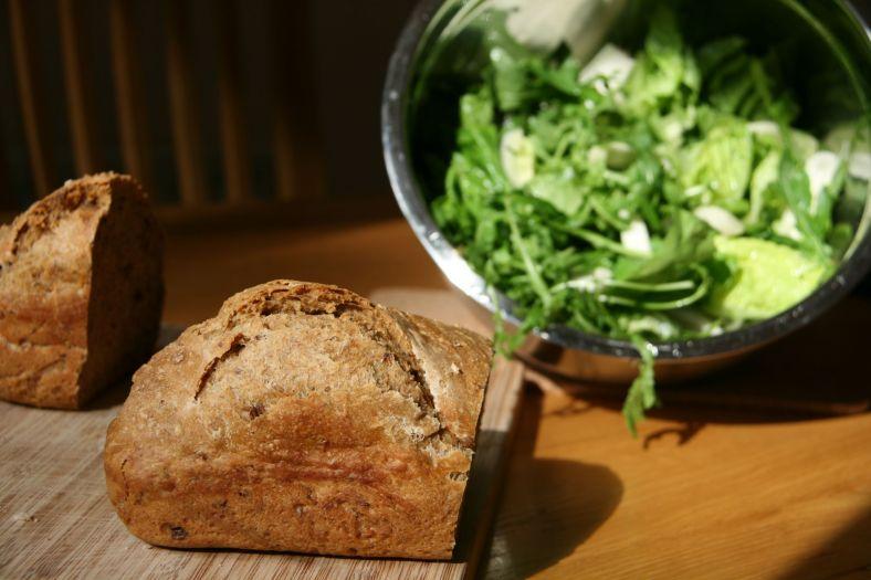 IMG_1379_breadand salad